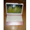 Розовый нетбук Acer Aspire One 751h-52Bp Pink